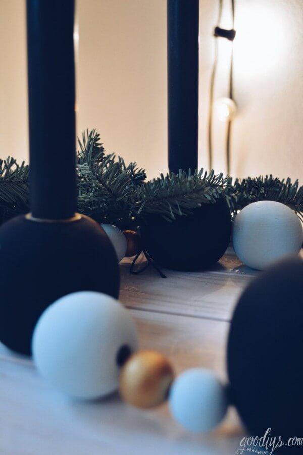 diy adventskranz erst eins dann zwei handmade kultur. Black Bedroom Furniture Sets. Home Design Ideas