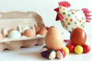 Eierbecher aus Holzkugeln