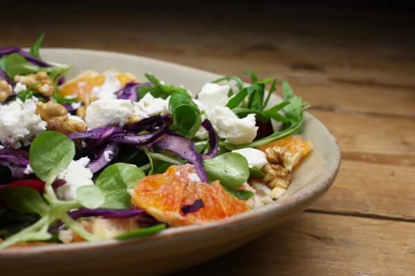 Rotkohl Feta Salat mit Orangen