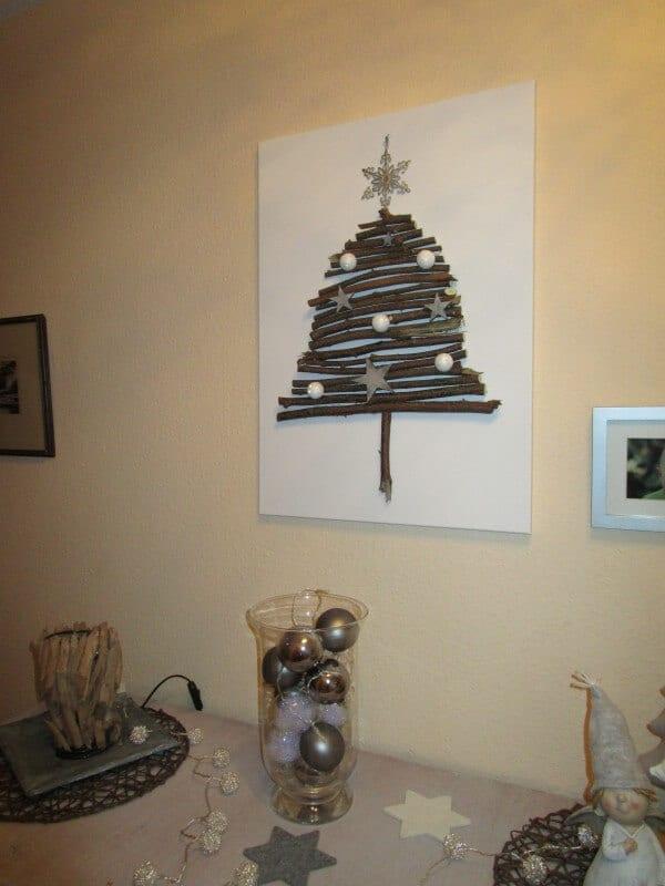 Weihnachtsbaum auf einer Leinwand