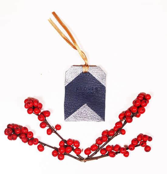 Geschenkanhänger aus Leder