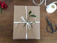 Schön und Simpel: Geschenkverpackungen mit Packpapier