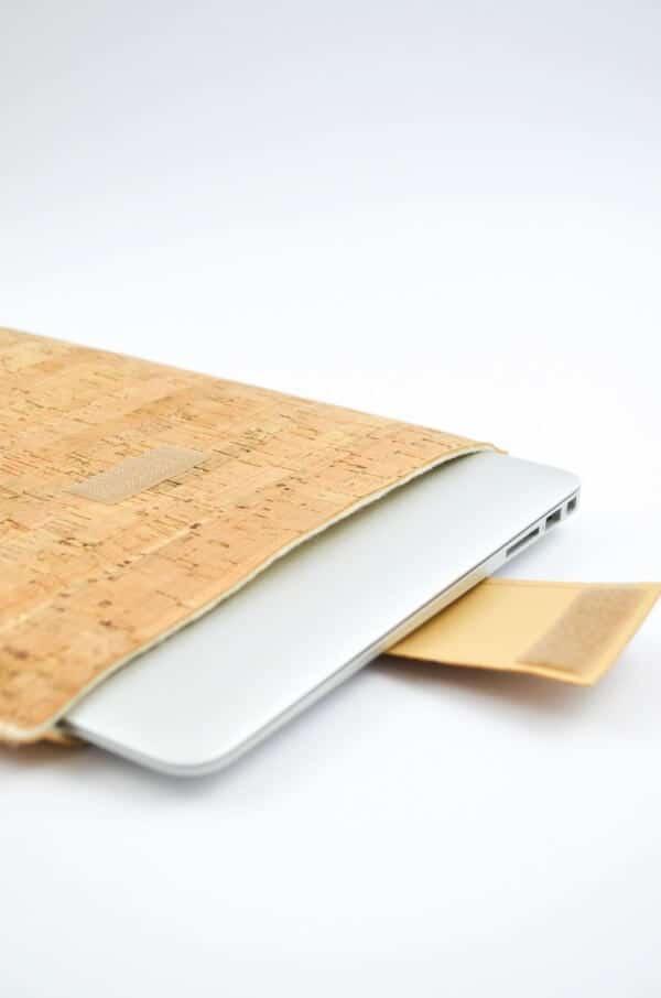 Laptophülle aus Kork