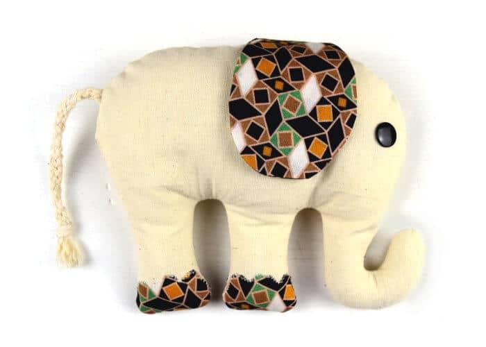 elefant n hen mit video anleitung handmade kultur. Black Bedroom Furniture Sets. Home Design Ideas