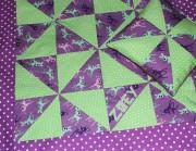 Tutorial – Kuscheldecke für Babys mit Dreieckpatchwork und Applikation
