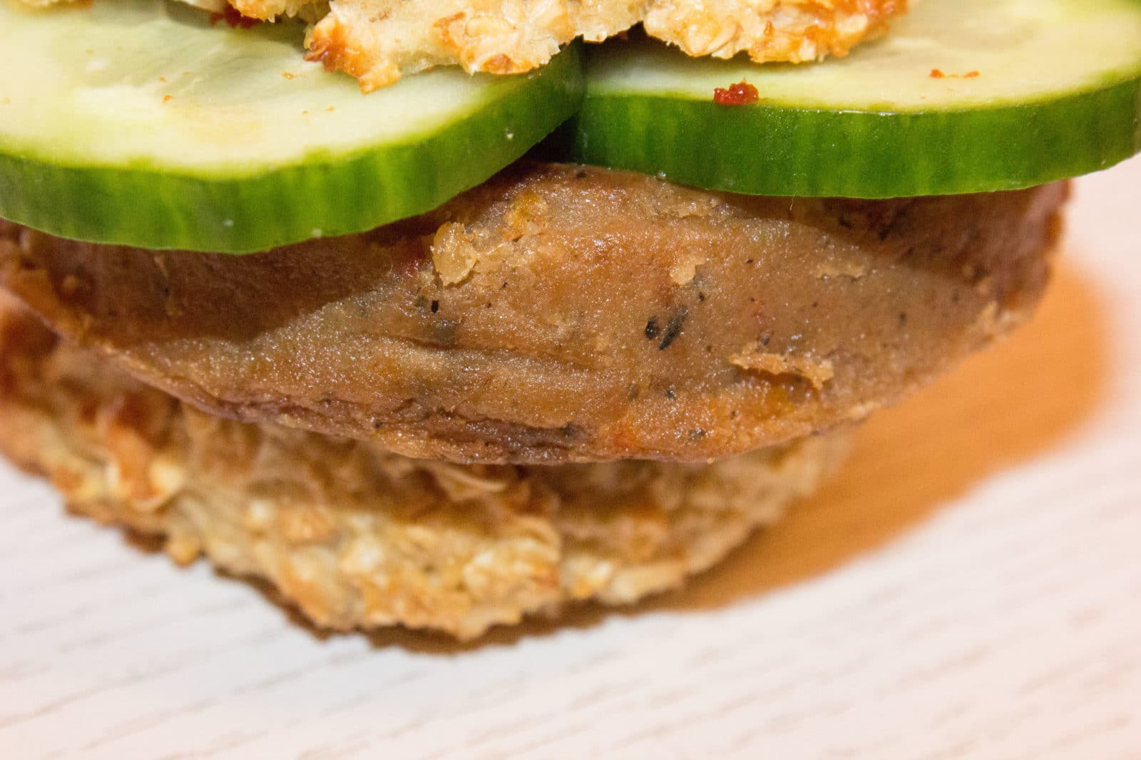 rezept gesunde und vegetarische burger handmade kultur. Black Bedroom Furniture Sets. Home Design Ideas