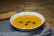 Karotten Ingwer Suppe mit Kokosmilch