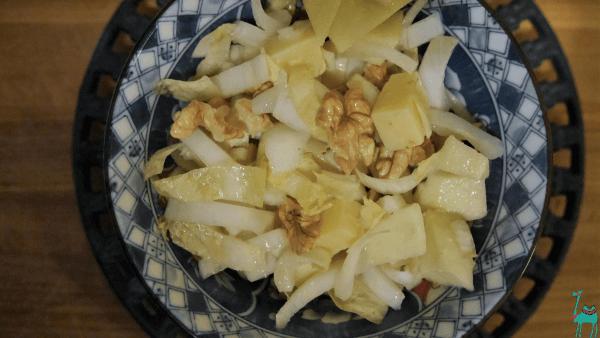 Chicorée Äpfel Salat