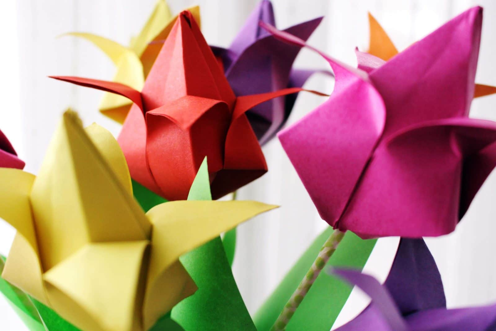 kunterbunte origami tulpen kreativ durch den monat challenge handmade kultur. Black Bedroom Furniture Sets. Home Design Ideas
