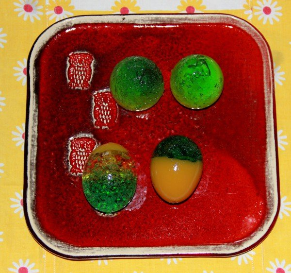 Götterspeise-Eier fürs Osternest