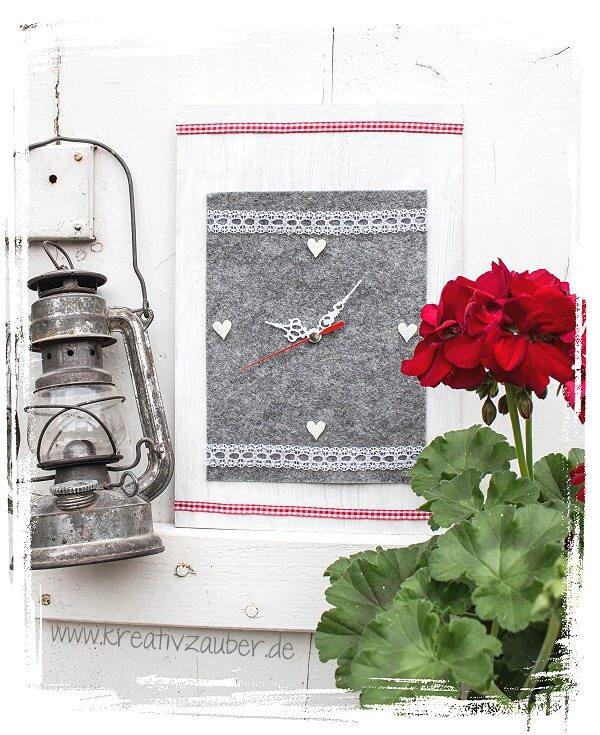 Uhr aus Filz im Alpen-Style