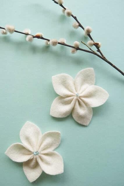Frühlingsblüten aus Filz