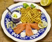Kartoffelwaffeln mit Räucherlachs & leichter Wasabi-Kräuter-Crème [Birgit D]