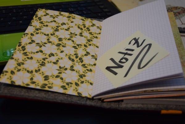 Gedankenfesthaltemappe oder Notizbuch