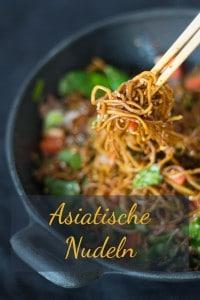 Asiatische Nudeln mit Frühlingsgemüse und Rindfleisch