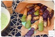 Chia-Kekse mit Matcha-oder Acaiglasur