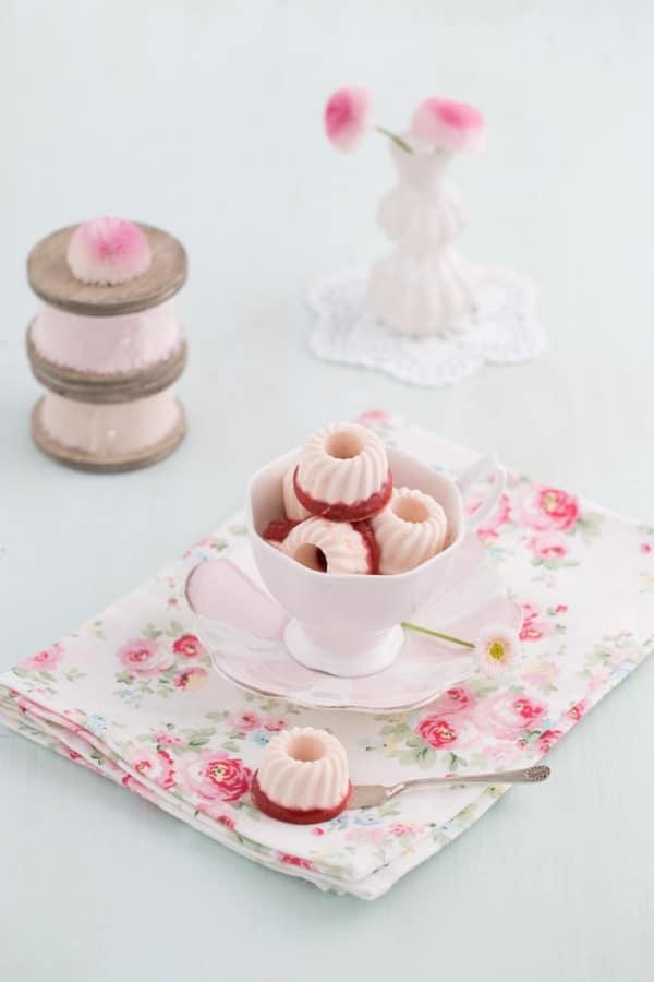 Frischkäse - Erdbeer - Eispralinen