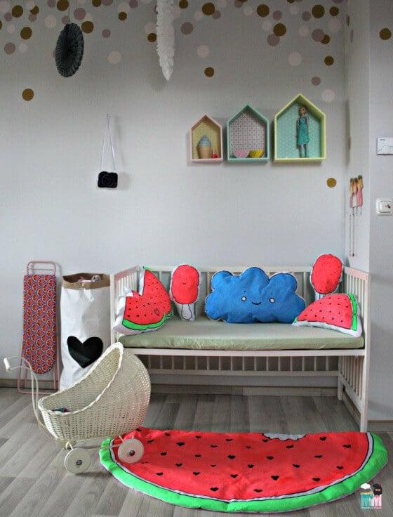 DIY – Melonen Teppich & Kissen – selbst mit Stoffmalfarbe bemalt und vernäht