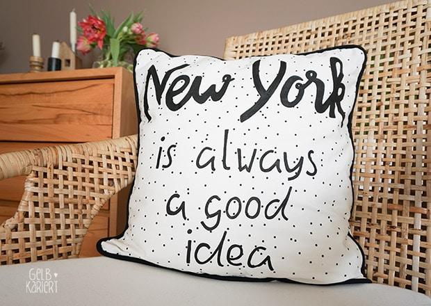 diy handlettering kissen mit hotelverschluss und paspel handmade kultur. Black Bedroom Furniture Sets. Home Design Ideas