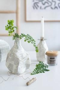 Einfach und individuell: Pappmaché Vasen