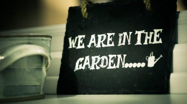 Einfache DIY-Ideen zur Gartenverschönerung
