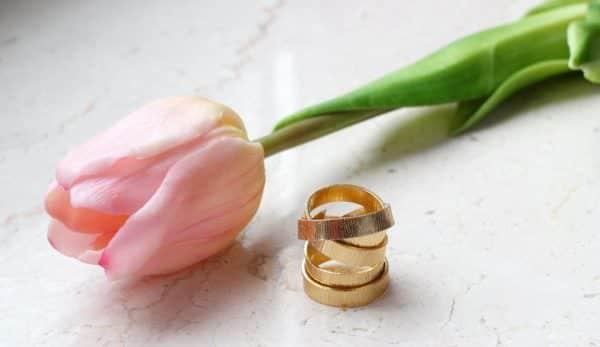 Selbstgemachte Ringe aus Draht