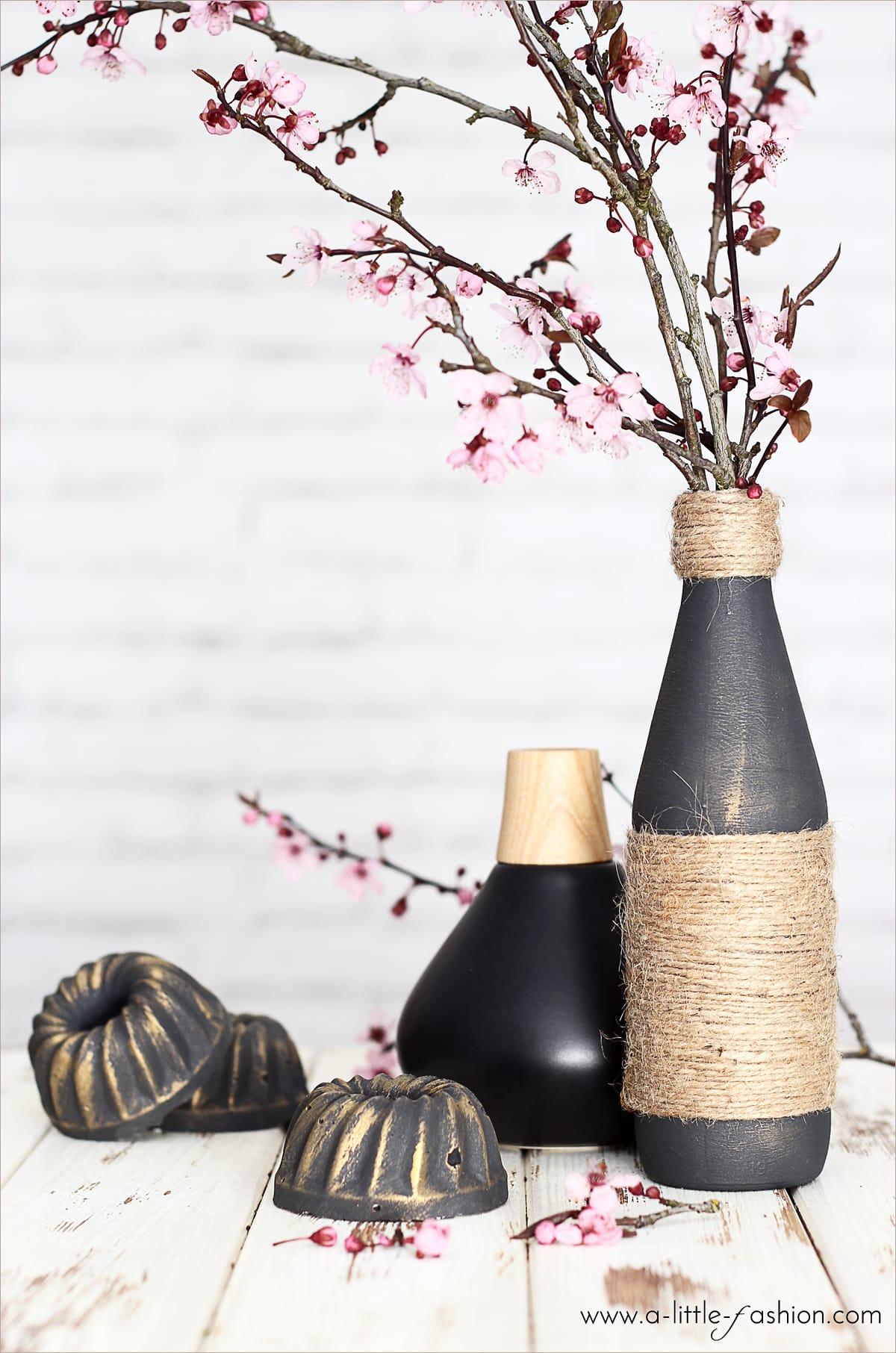 edle vasen aus flaschen und jutegarn handmade kultur. Black Bedroom Furniture Sets. Home Design Ideas