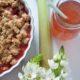 Knuspriger Rhabarber-Erdbeer-Crumble