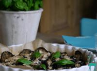 Auberginen Tarte mit Ziegenkäse/Oliven Topping