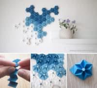 Wanddeko aus Papierblumen