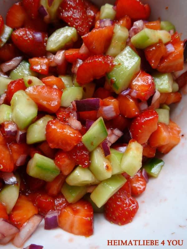 Erdbeer-Gurken-Salsa