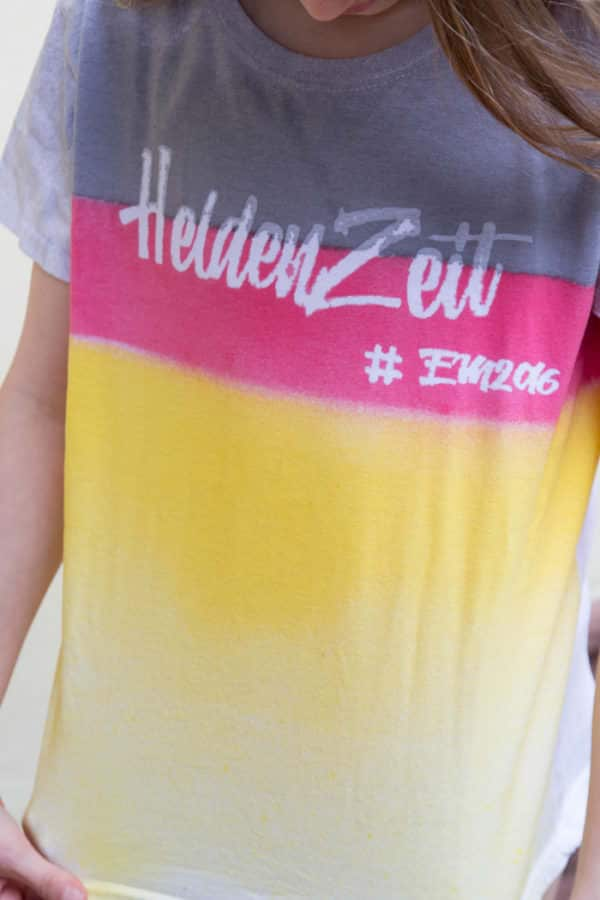 Heldenzeit - Shirt-Design zur Fußball-Europameisterschaft