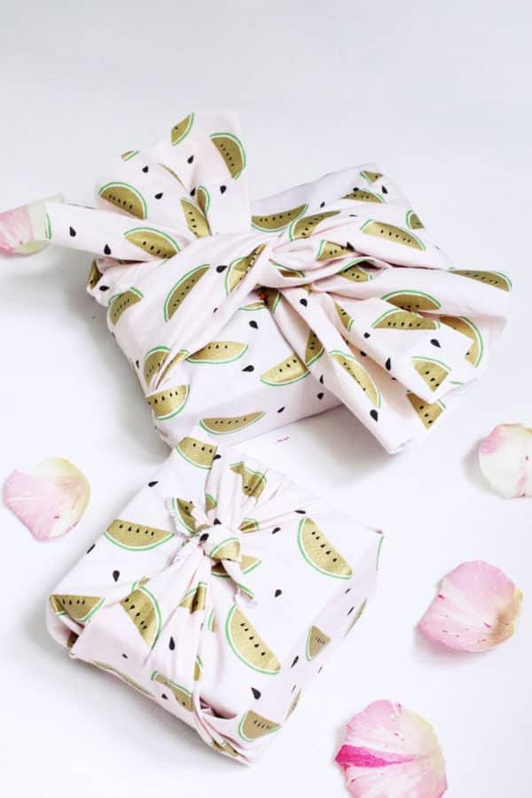 Geschenke im japanischen Stil verpacken