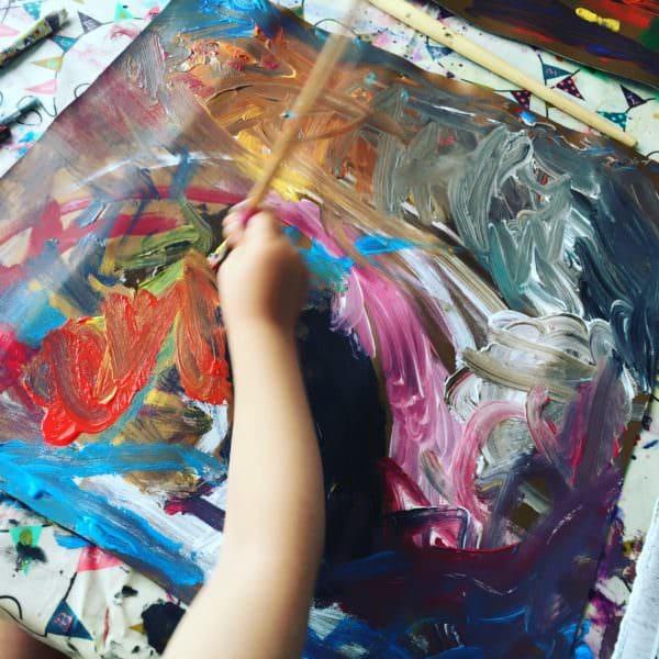 Kreativ mit Kindern – Kunstleder bemalen