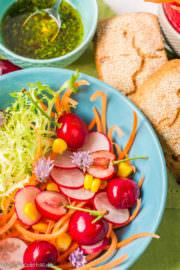 Bunter Sommersalat mit Kirschen [Foodistas ]