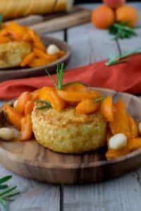 Gebackener Camembert mit Aprikosen von den [Foodistas]