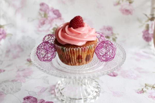 Erfrischende Himbeer-Cupcakes