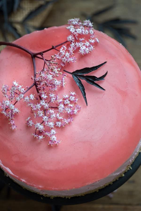 Rosa Törtchen mit rosa Holunderblüten!