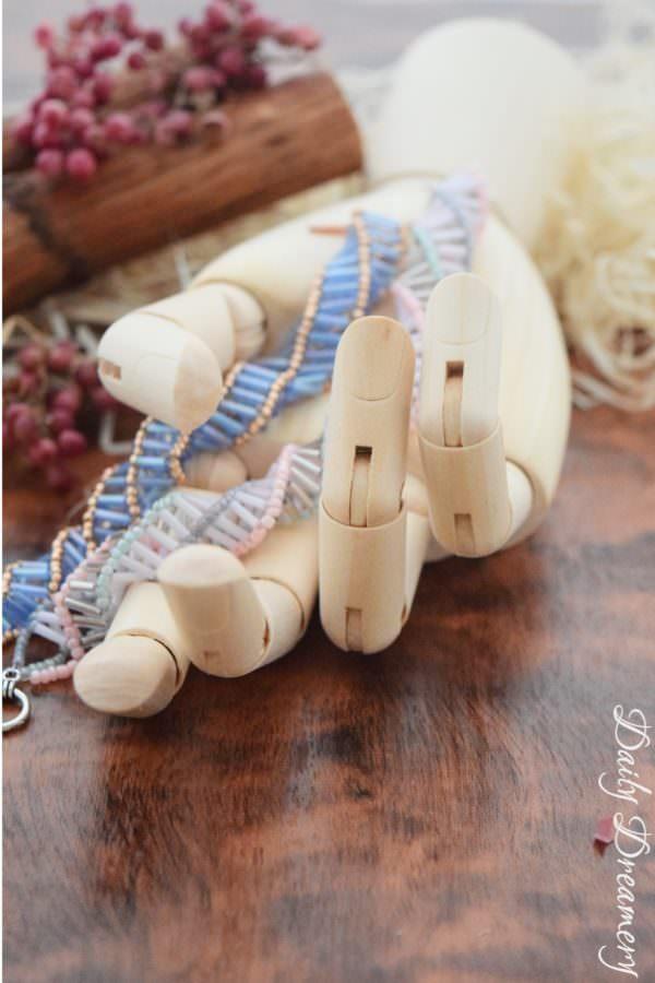 Spiralarmbänder aus Rocailles und Stäbchenperlen