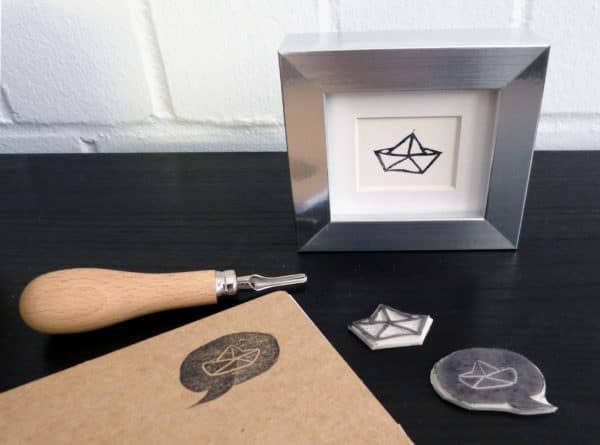 Papierschiffchen überall: Schnitz deinen eigenen Stempel