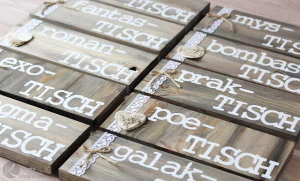 Lustige Tischnamen zur Hochzeit