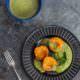 Sommer Dinner-Dessert: Gegrillte Aprikosen mit Minz-Mandelpesto