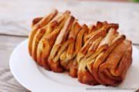 Rezept: Faltkuchen mit  Zimt, Zucker und Butter