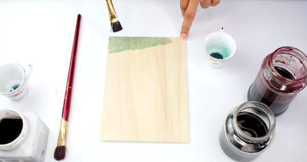 klemmbrett selbst gestalten holz f rben handmade kultur. Black Bedroom Furniture Sets. Home Design Ideas