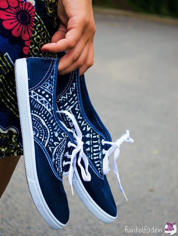 Upcycling - Schuhe färben und bemalen