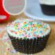 Vanilla Cupcake mit Topping