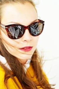 DIY bemalte Sonnenbrille