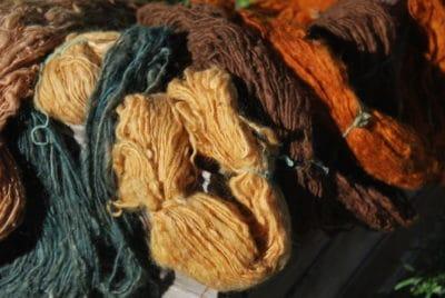 Wolle färben mit Pflanzenfarben 23.-25.September 2016 11h-18h in der Prinzenallee 58 in Berlin-Wedding