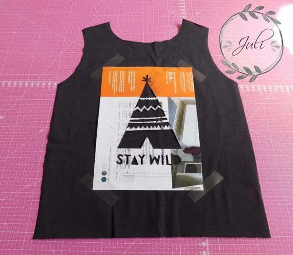 sale retailer 56cfd cedd6 Kleidung selbst bedrucken mit Textilfarbe und Schablone ...