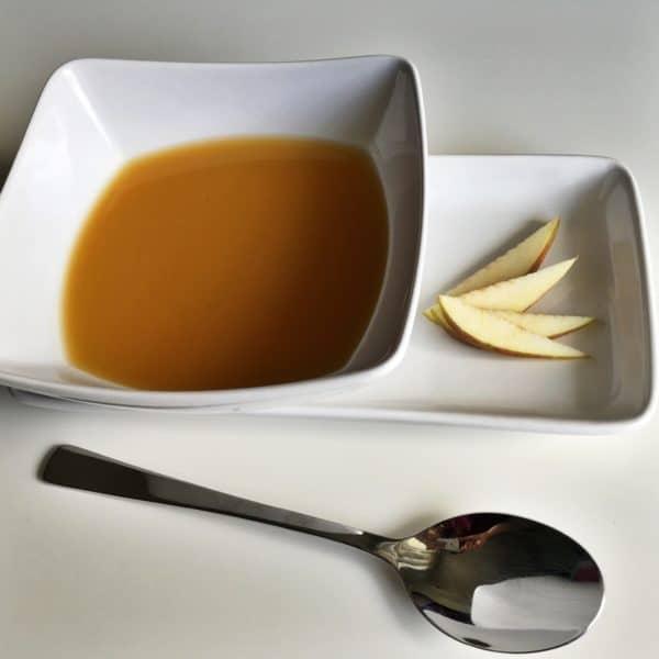 Herbstliche Sellerie-Apfelcremesuppe